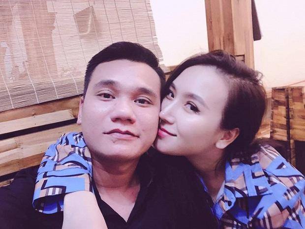Khắc Việt lần đầu khoe ảnh ái nữ đầu lòng mới sinh nhân dịp 20/10, còn tiết lộ luôn tên thân mật của bé - Ảnh 3.