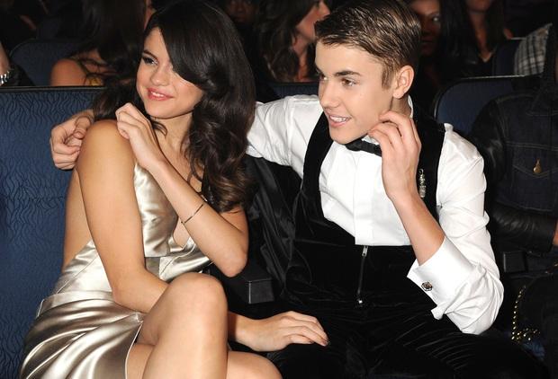 Sau tin Justin Bieber xăm tên tình cũ Selena Gomez lên cổ, Hailey Baldwin cũng làm ngay 1 chiếc tha thu dằn mặt? - Ảnh 4.