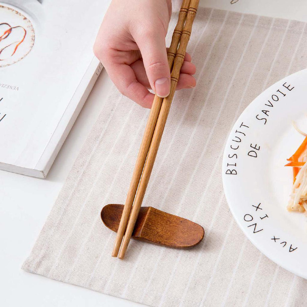 Học người Nhật tô điểm cho bàn ăn xinh xẻo với đồ gác đũa xinh xỉu thấy mà cưng - Ảnh 7.
