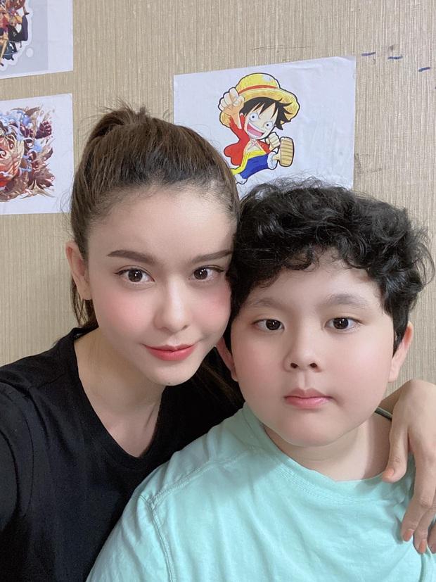 """Hậu """"chiến tranh lạnh"""" vì kết hôn với Tim, Trương Quỳnh Anh đăng khoảnh khắc chứng minh quan hệ với bố mẹ - Ảnh 4."""