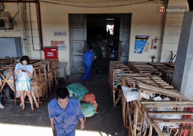 Đường sắt Việt Nam vận chuyển hàng hóa miễn phí vào miền Trung ngay sau khi thông đường - Ảnh 1.