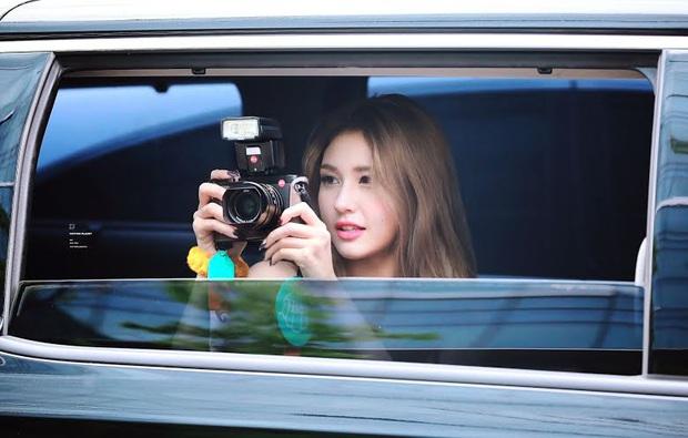 8 nữ idol xinh đến mức camera không bắt trọn được vẻ đẹp: Jennie ngoài đời thần thánh hơn, loạt búp bê sống Kbiz khiến fan sốc visual - Ảnh 16.