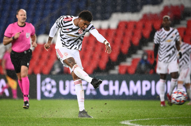 Nợ nần chồng chất: Đương kim á quân PSG lại thất thủ ngay trên sân nhà trước MU ở Champions League - Ảnh 9.
