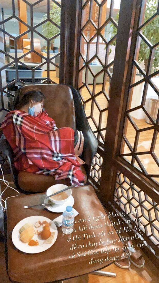 Hoà Minzy thức trắng 2 đêm liền để cứu trợ bà con, kiệt sức đến ngủ thiếp đi tại sân bay về Sài Gòn - Ảnh 2.