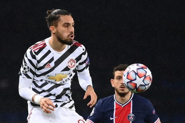 Nợ nần chồng chất: Đương kim á quân PSG lại thất thủ ngay trên sân nhà trước MU ở Champions League - Ảnh 1.