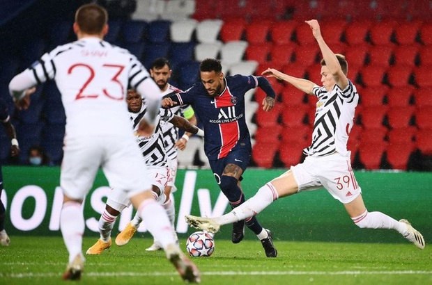 Nợ nần chồng chất: Đương kim á quân PSG lại thất thủ ngay trên sân nhà trước MU ở Champions League - Ảnh 2.