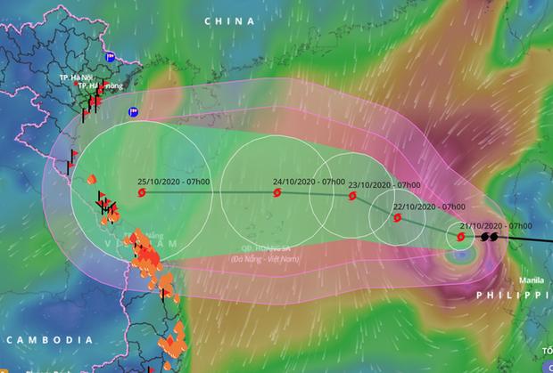 Điều dị thường ở cơn bão số 8 đang tăng cấp độ trên biển Đông - Ảnh 1.
