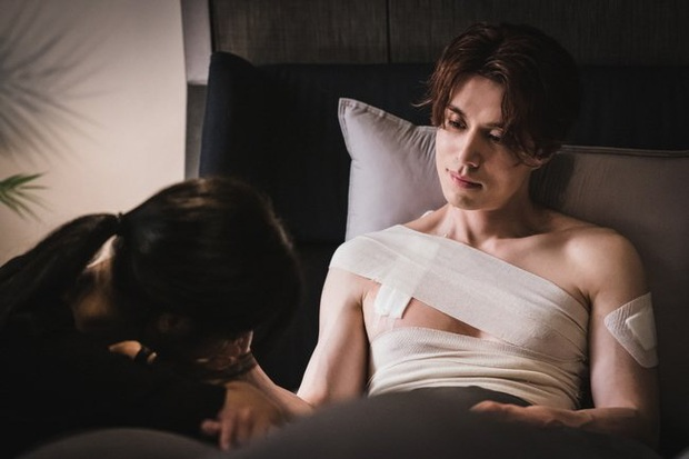 Crush mới lên đồ sương sương, Lee Dong Wook đã lao vào hôn tới tấp ở Bạn Trai Tôi Là Hồ Ly tập 5 - Ảnh 3.