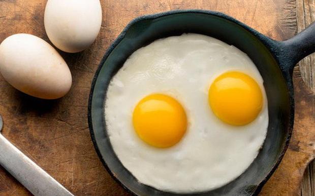 Sau tuổi 20, bữa sáng của phụ nữ nên có ít nhất 1 trong 7 món dưới đây để cơ thể ngập tràn collagen, chống nếp nhăn và bệnh xương khớp hiệu quả - Ảnh 3.