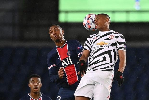 Nợ nần chồng chất: Đương kim á quân PSG lại thất thủ ngay trên sân nhà trước MU ở Champions League - Ảnh 7.