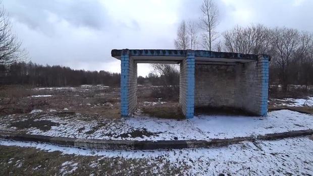 Một mình khám phá cấm địa phóng xạ Chernobyl, người đàn ông tìm ra sự thật sau lời đồn đại về vùng đất chết - Ảnh 8.