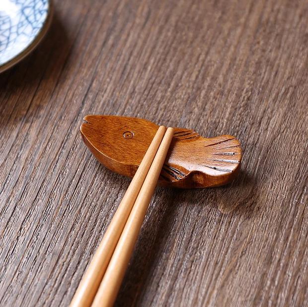Học người Nhật tô điểm cho bàn ăn xinh xẻo với đồ gác đũa xinh xỉu thấy mà cưng - Ảnh 21.