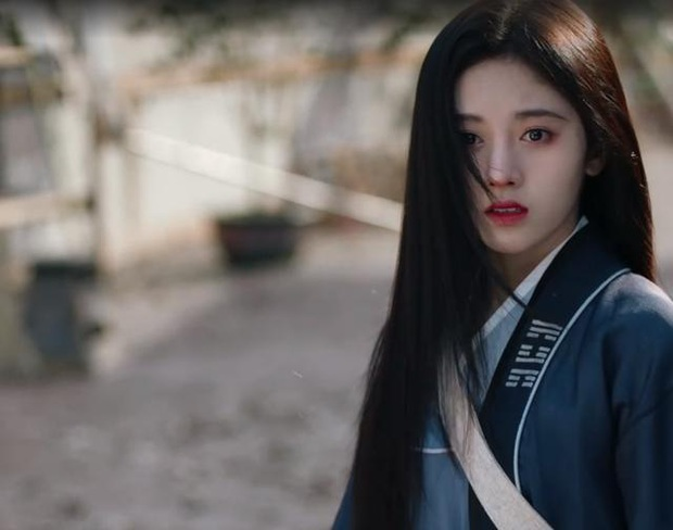Phim mới vừa lên sóng, Cúc Tịnh Y đã dính nghi án copy - paster tạo hình chính mình từ loạt dự án trước - Ảnh 6.