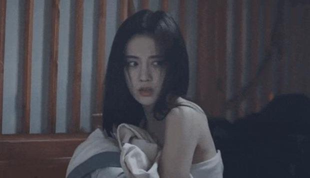 Phim mới vừa lên sóng, Cúc Tịnh Y đã dính nghi án copy - paster tạo hình chính mình từ loạt dự án trước - Ảnh 7.