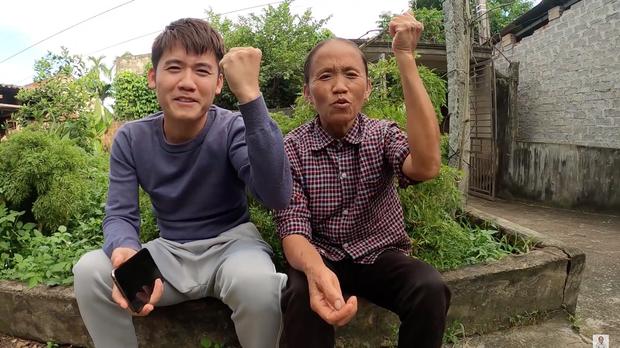 """Cả """"vũ trụ vlogger"""" cùng đồng lòng hướng về miền Trung: Khoai Lang Thang kêu gọi được 1,65 tỷ đồng, Bà Tân Vlog gửi thẳng 50 triệu ủng hộ - Ảnh 5."""