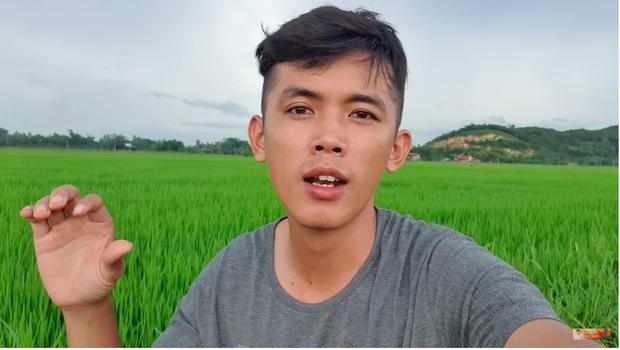 """Cả """"vũ trụ vlogger"""" cùng đồng lòng hướng về miền Trung: Khoai Lang Thang kêu gọi được 1,65 tỷ đồng, Bà Tân Vlog gửi thẳng 50 triệu ủng hộ - Ảnh 6."""