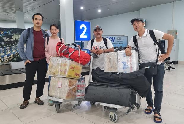 """Cả """"vũ trụ vlogger"""" cùng đồng lòng hướng về miền Trung: Khoai Lang Thang kêu gọi được 1,65 tỷ đồng, Bà Tân Vlog gửi thẳng 50 triệu ủng hộ - Ảnh 11."""