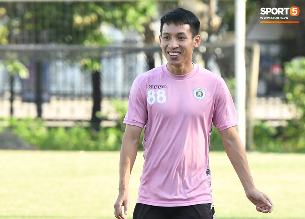 Đỗ Hùng Dũng e dè đội bóng của Quế Ngọc Hải nhưng vẫn nói cứng: Với Hà Nội FC, về nhì đã là thất bại dù đó là V.League hay cúp Châu Á  - Ảnh 1.