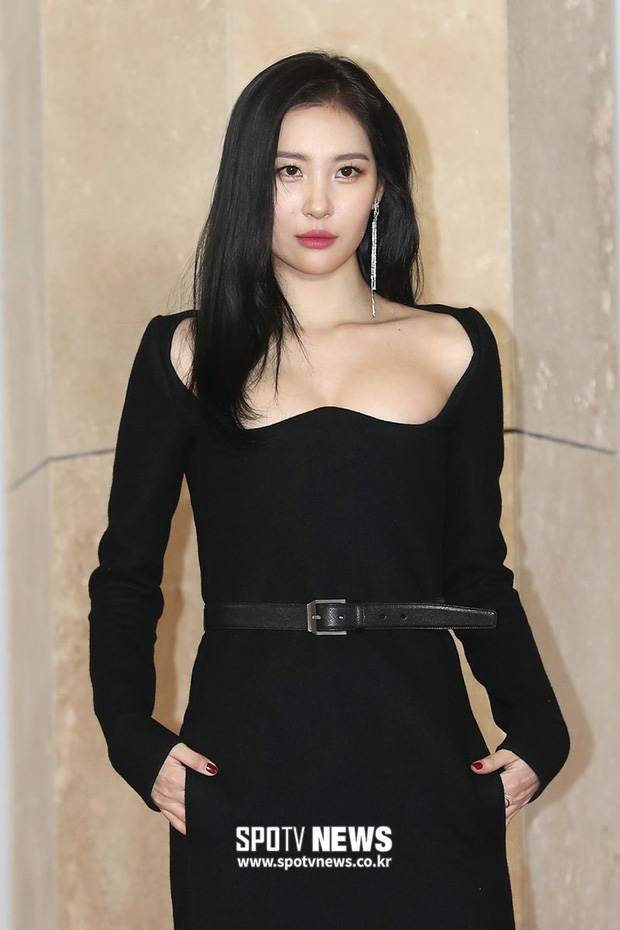 2 màn combo siêu trễ nải, o ép vòng 1 bức thở nhất Kbiz: Điên nữ Seo Ye Ji làm nổ thảm đỏ, nhìn Sunmi mà thót tim! - Ảnh 11.