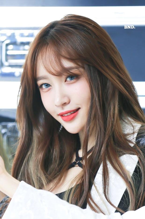 8 đôi mắt to tròn đẹp nhất Kpop: Lisa (BLACKPINK) có đặc điểm cực hiếm, búp bê sống nhà JYP nổi như cồn nhờ cửa sổ tâm hồn - Ảnh 26.