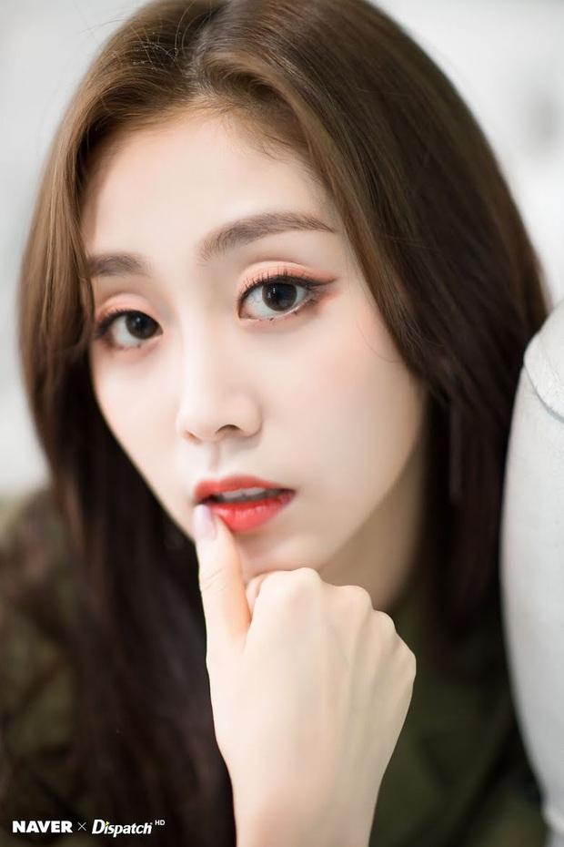 8 đôi mắt to tròn đẹp nhất Kpop: Lisa (BLACKPINK) có đặc điểm cực hiếm, búp bê sống nhà JYP nổi như cồn nhờ cửa sổ tâm hồn - Ảnh 12.