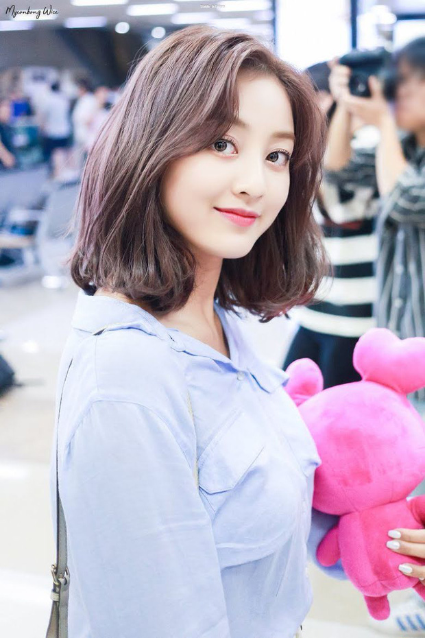 8 đôi mắt to tròn đẹp nhất Kpop: Lisa (BLACKPINK) có đặc điểm cực hiếm, búp bê sống nhà JYP nổi như cồn nhờ cửa sổ tâm hồn - Ảnh 10.