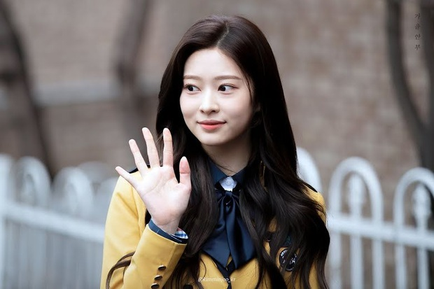 8 đôi mắt to tròn đẹp nhất Kpop: Lisa (BLACKPINK) có đặc điểm cực hiếm, búp bê sống nhà JYP nổi như cồn nhờ cửa sổ tâm hồn - Ảnh 16.