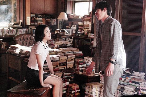 6 phim Hàn ngập cảnh nóng: Không thể thiếu mối tình hầu gái của mỹ nhân giật chồng ồn ào nhất Kbiz - Ảnh 7.