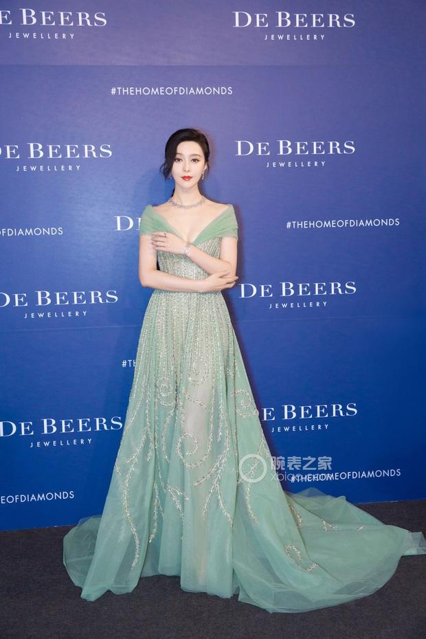 Kim Hee Sun Trung Quốc bị loạt nhân vật máu mặt tố giở thủ đoạn vì 1 chiếc váy, Phạm Băng Băng - Đường Yên cũng bị réo tên - Ảnh 3.