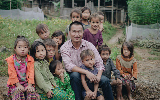 Kĩ sư Phạm Đình Quý chia sẻ từ kinh nghiệm cứu trợ người dân vùng lũ: Thủy Tiên kêu gọi rất tốt, thực hiện theo phương án của tôi là cực kỳ hợp lý lúc này - Ảnh 1.