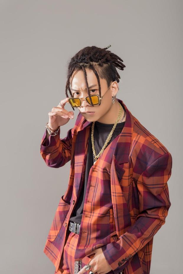 Top 10 King Of Rap: Pháo lột xác đọ vẻ quyến rũ với Á hậu Lona, HIEUTHUHAI lần đầu diện style Hip-hop - Ảnh 14.