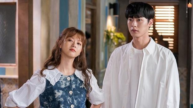 Tưởng bom tấn ai ngờ Đời Tư càng xem càng xịt: Diễn xuất chán của Seohyun thêm kịch bản cũ mèm thì ế là phải - Ảnh 6.