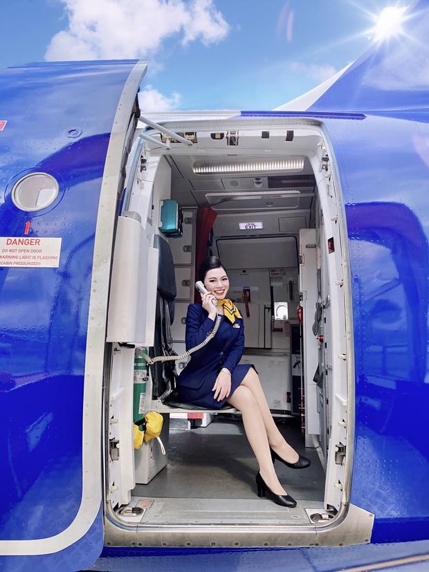 Tiếp viên hàng không kể chuyện yêu anh cơ phó nhờ Facebook, hé lộ mức lương xứng đáng với công việc trong mơ - Ảnh 4.