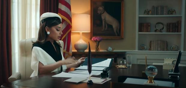 Chán làm tiểu diva, Ariana Grande lên làm Tổng thống sang chảnh trong positions nhưng bị chê nhạc ngang phè, khó thành hit? - Ảnh 3.