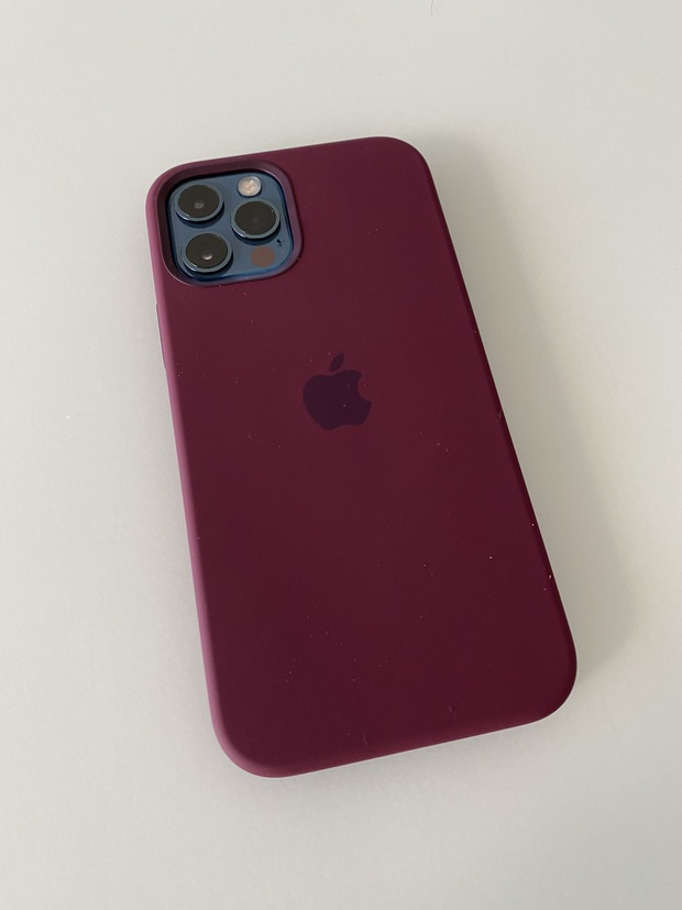 iPhone 12 vừa tung ra thị trường đã nhận được mưa lời khen từ người dùng quốc tế - Ảnh 4.