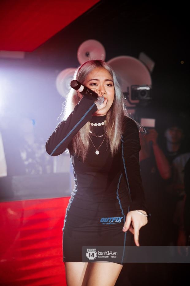 Trước ngày chiến nhau tại Rap Việt, MCK và TLinh diễn chung siêu ngọt ngào, thí sinh team Binz cũng bất ngờ đến góp vui - Ảnh 8.