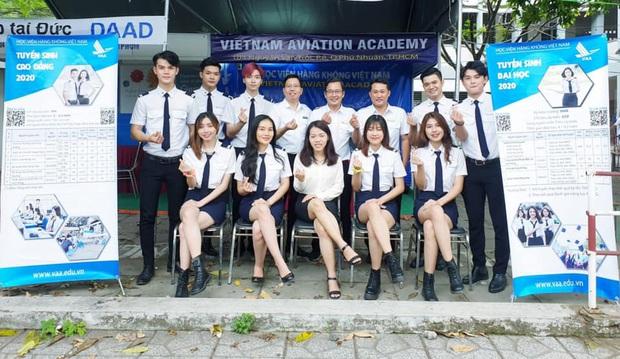Các trường ĐH có đồng phục đẹp nhất Việt Nam, nhìn là muốn xách ba lô lên và đi học ngay lập tức! - Ảnh 5.
