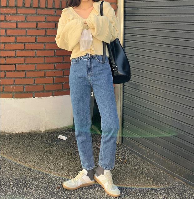 Để lúc nào cũng trẻ trung trendy, các nàng cứ lựa đúng 5 kiểu quần dài sau mà diện - Ảnh 3.