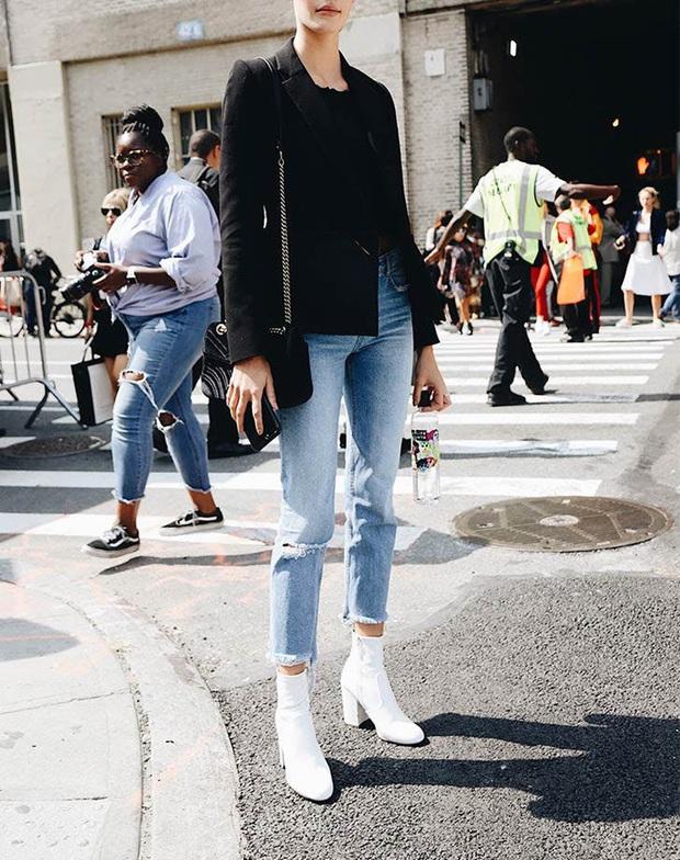 Công thức boots + quần với 3 chiêu nâng tầm 100% thời thượng cho các nàng mùa lạnh này - Ảnh 10.