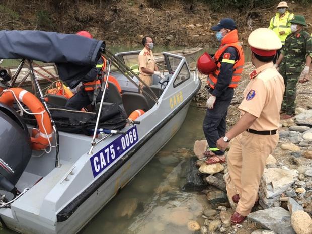 Tìm thấy thi thể công nhân thứ 4 tại thủy điện Rào Trăng 3, đang xét nghiệm AND để xác định danh tính 2 nạn nhân - Ảnh 2.