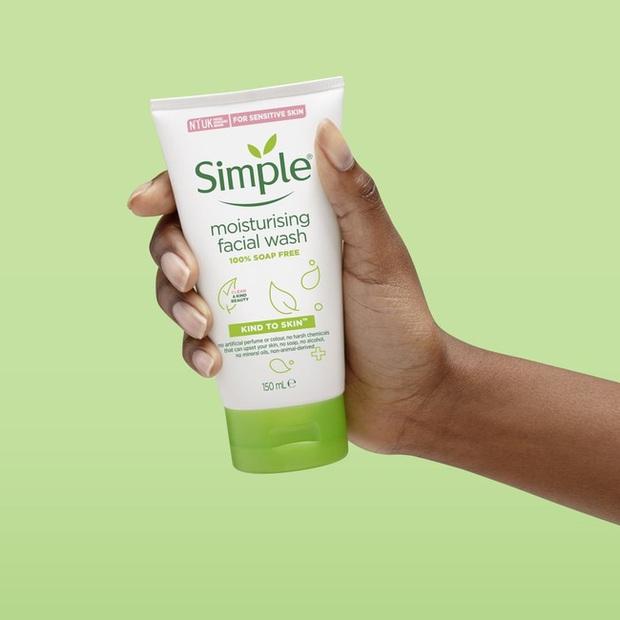 Bác sĩ hết lòng khuyên chị em dùng 5 lọ sữa rửa mặt này trong mùa hanh khô để da căng mướt khỏe đẹp - Ảnh 9.