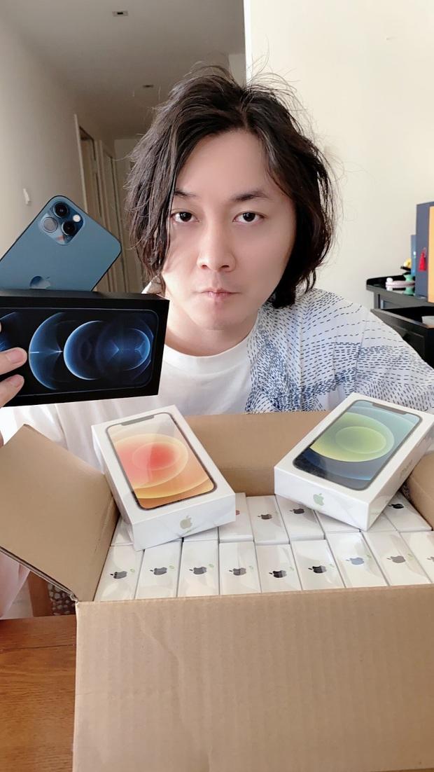 Best idol của năm: Nghe fan than thở iPhone 12 khó mua, nam streamer Liên Quân Mobile mua luôn mấy chục chiếc để tặng! - Ảnh 5.