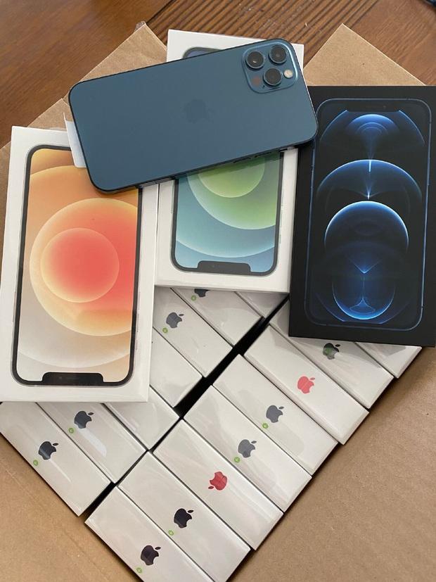 Best idol của năm: Nghe fan than thở iPhone 12 khó mua, nam streamer Liên Quân Mobile mua luôn mấy chục chiếc để tặng! - Ảnh 6.