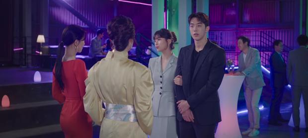 Thời tới cản không kịp, Suzy một lúc được cả đại gia lẫn trai đẹp mê như điếu đổ ở Start Up tập 2 - Ảnh 1.