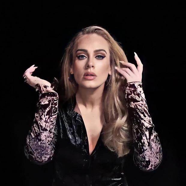 Adele lần đầu lên sóng truyền hình sau màn giảm cân khiến thế giới chấn động: Visual đã xuất sắc, body còn choáng hơn! - Ảnh 5.
