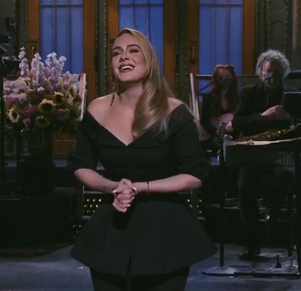 Adele lần đầu lên sóng truyền hình sau màn giảm cân khiến thế giới chấn động: Visual đã xuất sắc, body còn choáng hơn! - Ảnh 8.