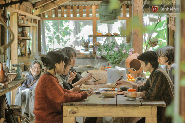"""Dalat has 4 """"chill spread"""" cafes that are very rare to know: Located in the middle of a pine forest, every corner of the street is beautiful - Photo 4."""