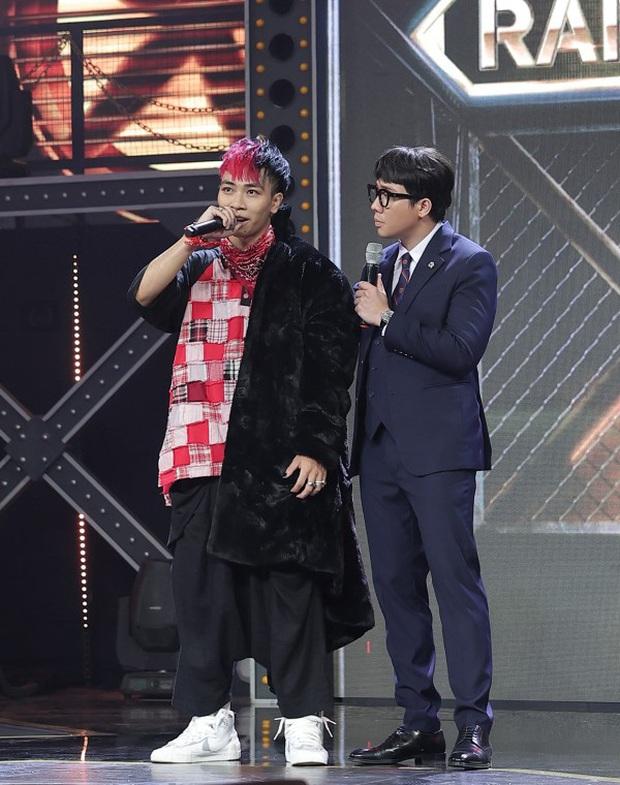 Góc tiên tri Rap Việt: Cứ thí sinh được xếp ở vị trí thứ 4 từ trái sang trên poster sẽ giành vé vào Chung kết? - Ảnh 2.