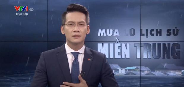 BTV của VTV nghẹn ngào, không nói thành lời trên sóng trực tiếp trong chương trình về mưa lũ miền Trung - Ảnh 1.