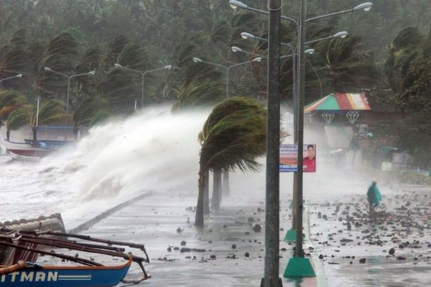 Philippines bão nối bão, Châu Á thiệt hại nặng nề vì thiên tai - Ảnh 1.